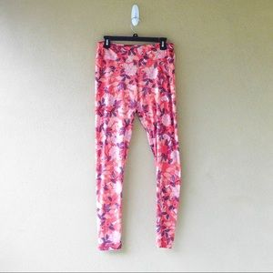 LulaRoe Floral Leggings in Tall & Curvy